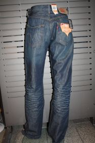 Levis Jeans 501 dark used